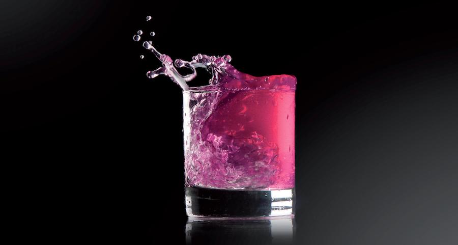 yxaiio pheromones est le soft-drink de la séduction qui éveille vos sens