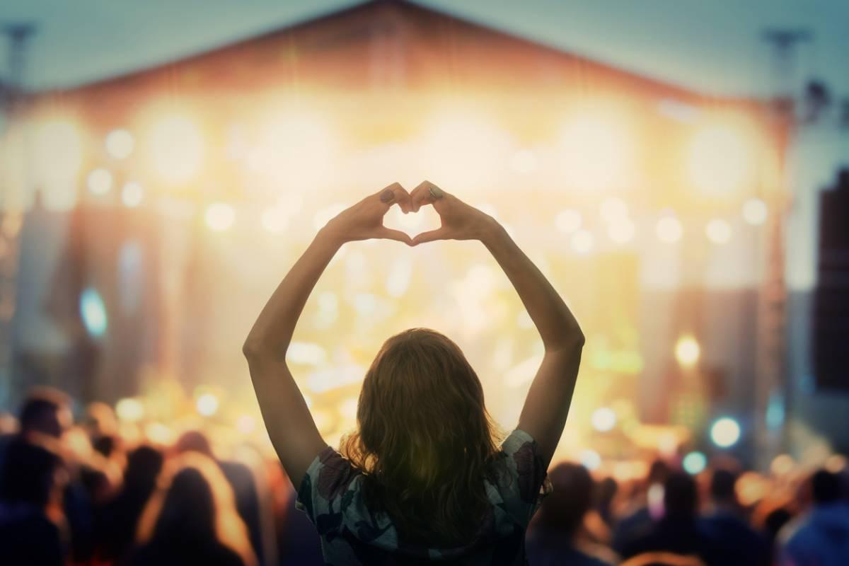 Le succès des festivals de musiques actuelles