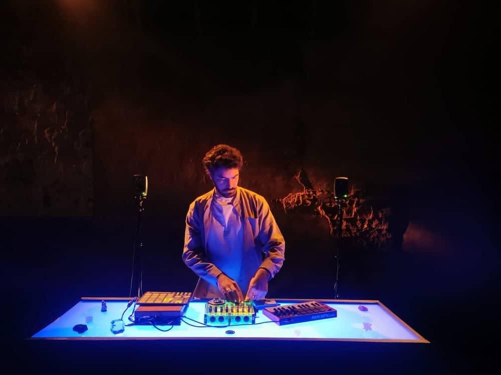 Grégoire Terrier dévoile le clip de « Dialogue avec L'Ange », un single extrait de son prochain album