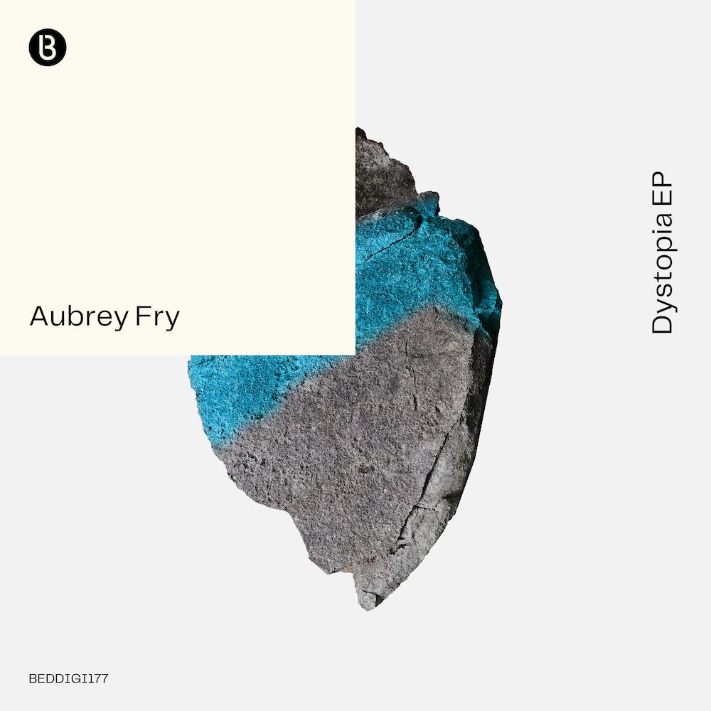 Le retour du vétéran de la Techno Aubrey Fry continue avec son premier EP, « Dystopia » sorti chez Bedrocks Records